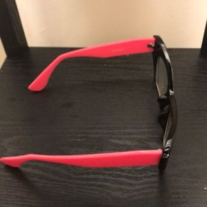 c8bc12f9b5 Accessories - Cat eye glasses clear cut frames